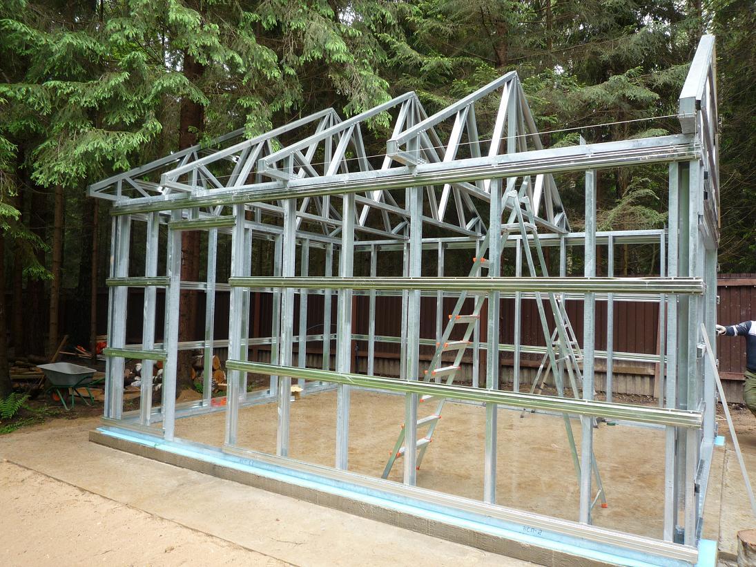 Металла конструкции для дачи