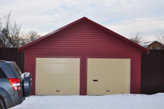 Теплый гараж из профлиста 29